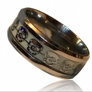Other - Stainless Steel Glow In The Dark Skull Ring